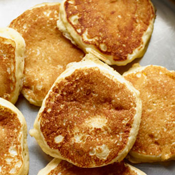 Fluffy Buttermilk Pancakes