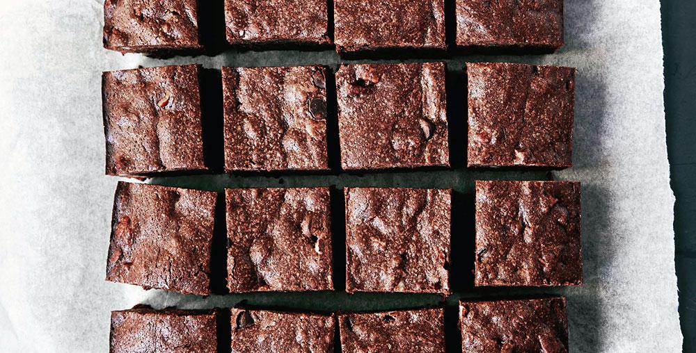 One-Pot Chocolate Pecan Brownies