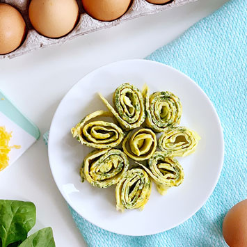 Spinach and Cheese Omelette Roll-ups