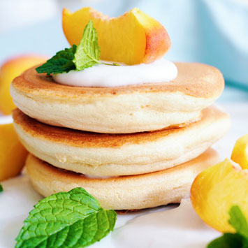 Fluffy Japanese Pancakes with Coconut Cream